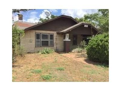 2 Bed 1 Bath Foreclosure Property in Fort Worth, TX 76106 - NW 28th St