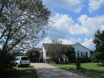 3 Bed 2 Bath Preforeclosure Property in Greenville, NC 27858 - Vineyard Cir