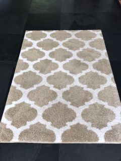 Area Rug beige and white