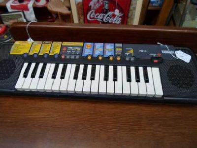 $22 Yamaha Keyboard PSS-14 (beginners)
