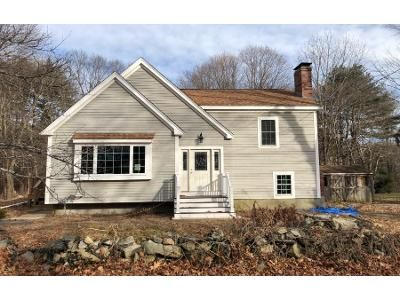 3 Bed 2 Bath Preforeclosure Property in Foxboro, MA 02035 - S Grove St