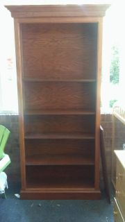Bookcase with adjustable shelves.
