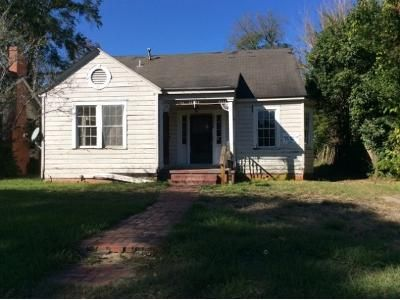 3 Bed 1 Bath Foreclosure Property in Alexandria, LA 71301 - Hill St