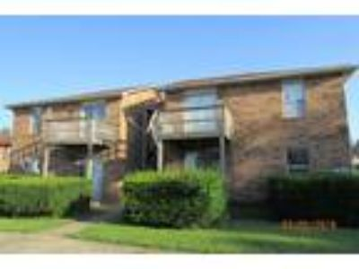 One BR One BA In Radcliff KY 40160