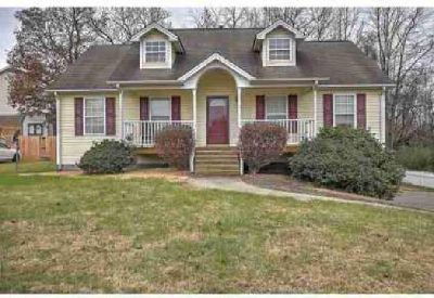 103 Judd Ln Johnson City Three BR, This ranch style home sits on