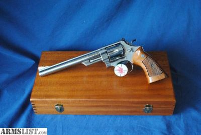 """For Sale: Smith & Wesson, 29-2, 44 Mag, 8 1/2"""", Display Case # D"""