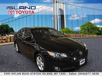 2014 Toyota Camry L (Attitude Black Metallic)