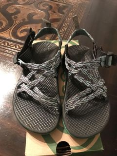 Girls size 1 Chacos. GUC. Box included. Smoke free home.