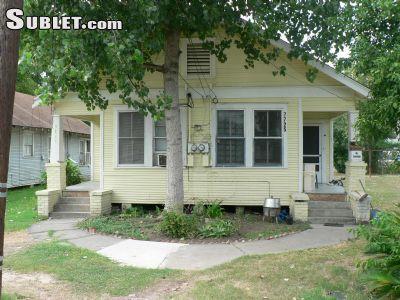 $320 5 apartment in SE Houston