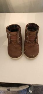 Toms leather boots 5