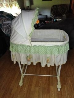 Baby bassinet, Winnie the Pooh themed