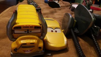 Shoit and go cars racers