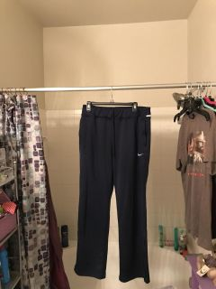 Nike dri fit work out pants size large
