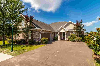 2946 Chantry Circle CRESTVIEW Four BR, CUSTOM HOME