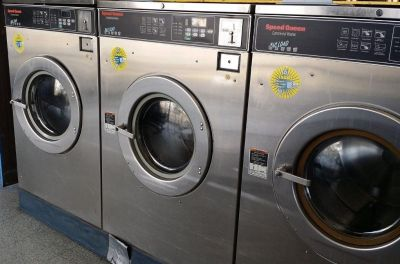 Fair Condition Speed Queen Commercial Front Load Washer SC50EC 3PH 50 Lb Reconditioned