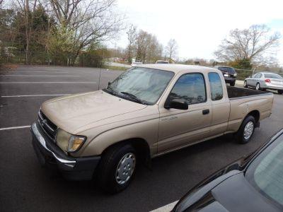 1998 Toyota Tacoma SR5 (BGE)