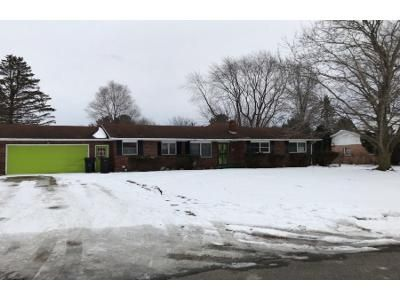 4 Bed 4 Bath Preforeclosure Property in Berrien Springs, MI 49103 - Meadowlark Ln