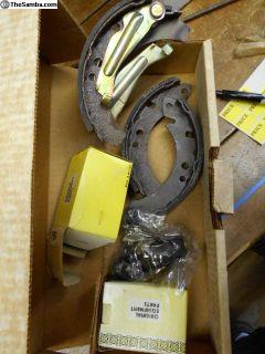 Brake shoes & cylinders Rear Rab & Scir