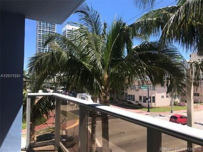 Miami Beach: 2/2 Updated apartment (69 th St., 33141)