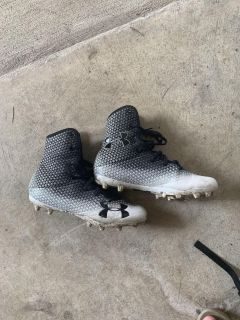 Under armour cleats size 8