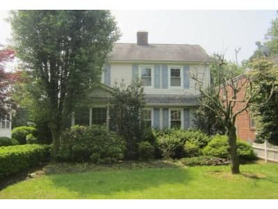 3 Bed 2.5 Bath Foreclosure Property in Englewood, NJ 07631 - W Hudson Ave