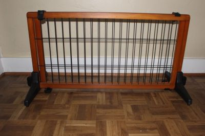 Carlson Pinewood 68 inch dog gate