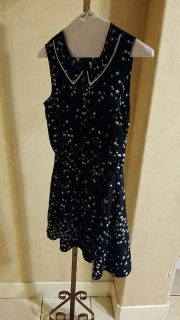 Girl's dress size small