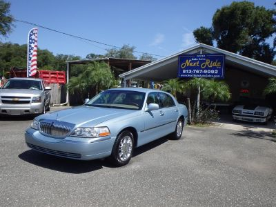 2008 Lincoln Town Car Signature Limited (Blue)