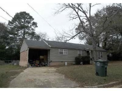 3 Bed 1 Bath Foreclosure Property in Enterprise, AL 36330 - Martin St