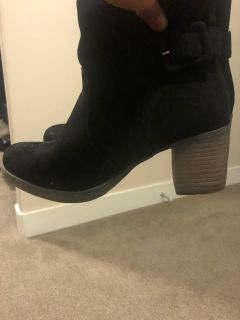 Size 7- suede boots