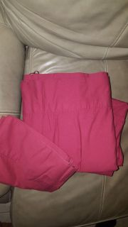 Queen size sheet set 4pc marron color great condition, pick up in Brazoria