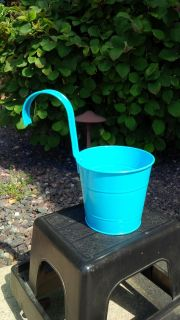 Fence Post Planter with Hook in Oasis Blue