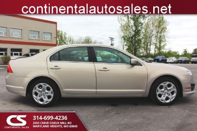 2010 Ford Fusion SE (Gold Mist)