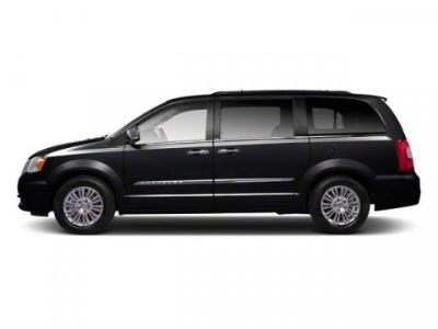 2012 Chrysler Town & Country Touring (Brilliant Black Crystal Pearl)