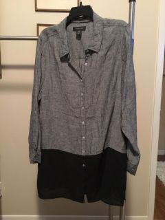 New Never Worn 1X Tahari Black Gray 100% Linen Tunic with Side Slits and Convertible Roll-Up Sleeves