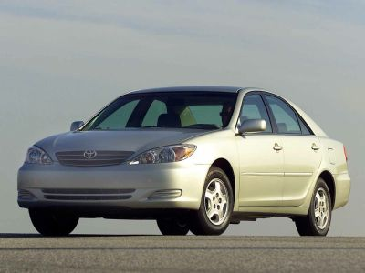 2003 Toyota Camry LE (Desert Sand Mica)