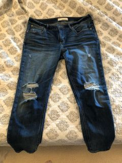 Maurices size 31 crop jeans