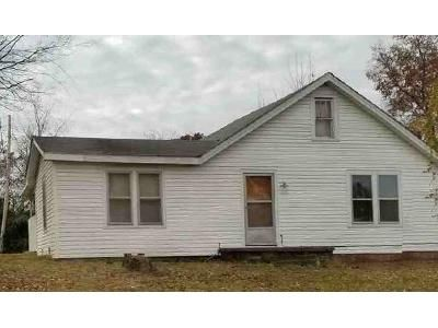 2 Bed 1 Bath Foreclosure Property in Paducah, KY 42003 - Reidland Rd