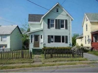 3 Bed 1.5 Bath Foreclosure Property in Watertown, NY 13601 - W Hoard St