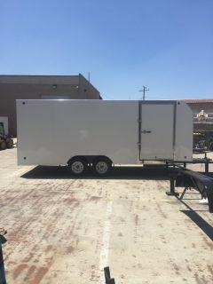 Enclosed trailer rental
