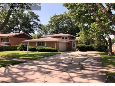 3 Bed 1.1 Bath Foreclosure Property in Chicago Heights, IL 60411 - W 12th St