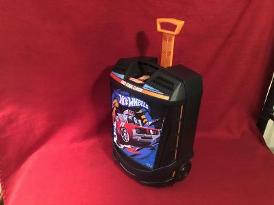 Hot Wheels 50-Car Rolling Storage Case With Retractable Handle. Holds 50 Cars. Some Larger Ones. Photo of Inside Attached EUC