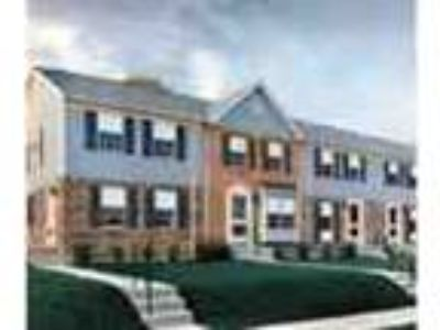 Large Three BR Townhouses W Washer Dryer