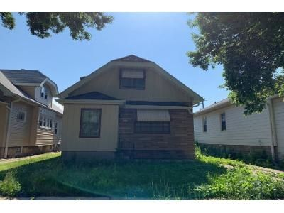 3 Bed 2 Bath Preforeclosure Property in Milwaukee, WI 53215 - S 37th St