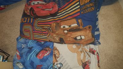 Cars twin bedding with pix & night light