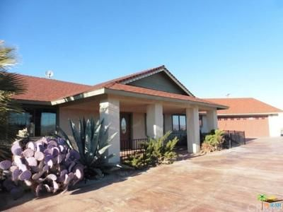 2 Bed 3 Bath Foreclosure Property in Yucca Valley, CA 92284 - Grand Ave