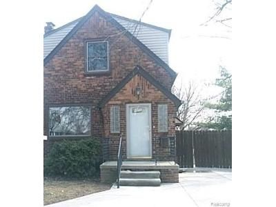2 Bed 1.5 Bath Foreclosure Property in Lincoln Park, MI 48146 - Michigan Blvd