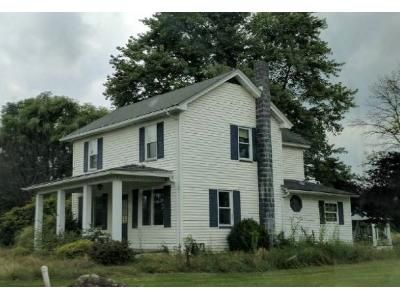 3 Bed 1 Bath Foreclosure Property in Duncansville, PA 16635 - Payne Dr