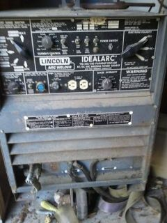 Lincoln Electric Welding Machine with Tanks