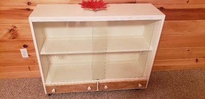 Display shelf book case with glass doors